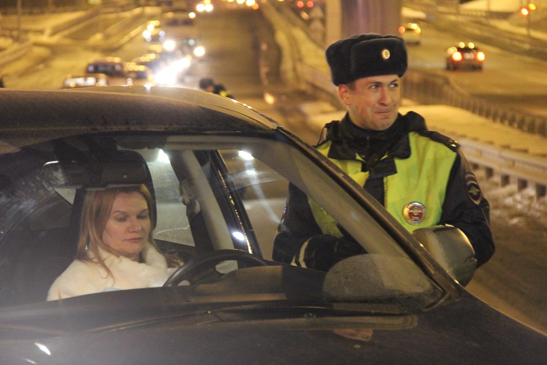 Массовая проверка натрезвость ожидает тюменских водителей