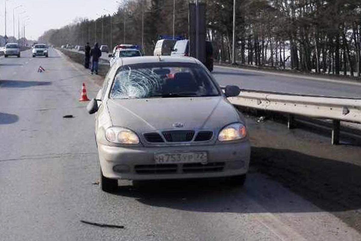 Был сбит итяжело пострадал пешеход, перебегавший проезжую часть натрассе Екатеринбург