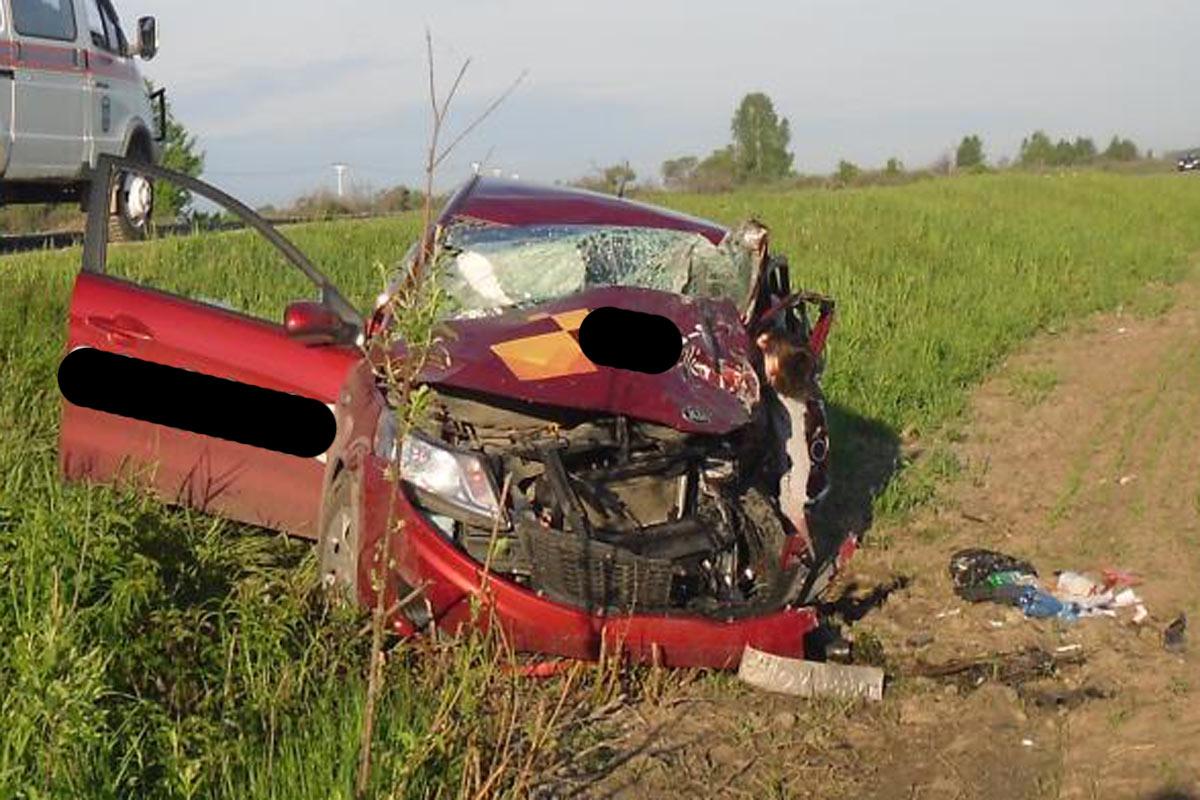 Натрассе Тюмень— Ханты-Мансийск повине нетрезвого водителя погибли два человека