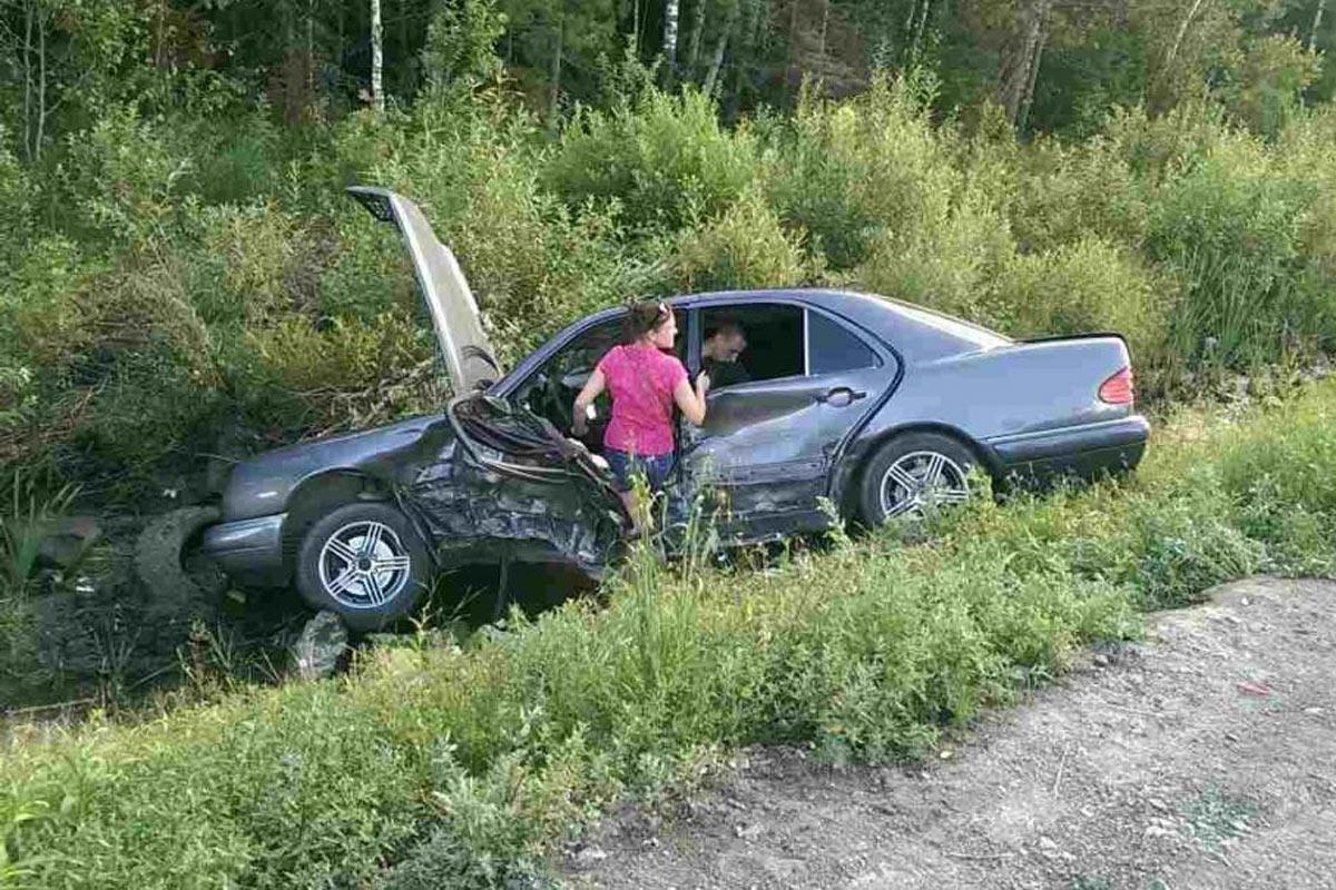 Ханты-Мансийск: Из-за опасного обгона 5 человек пострадали в трагедии натрассе Тюмень