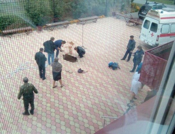 Школьник провалился под землю натерритории школы вТюменской области искончался