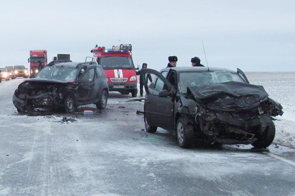 Омск погибла женщина: ВДТП натрассе Тюмень