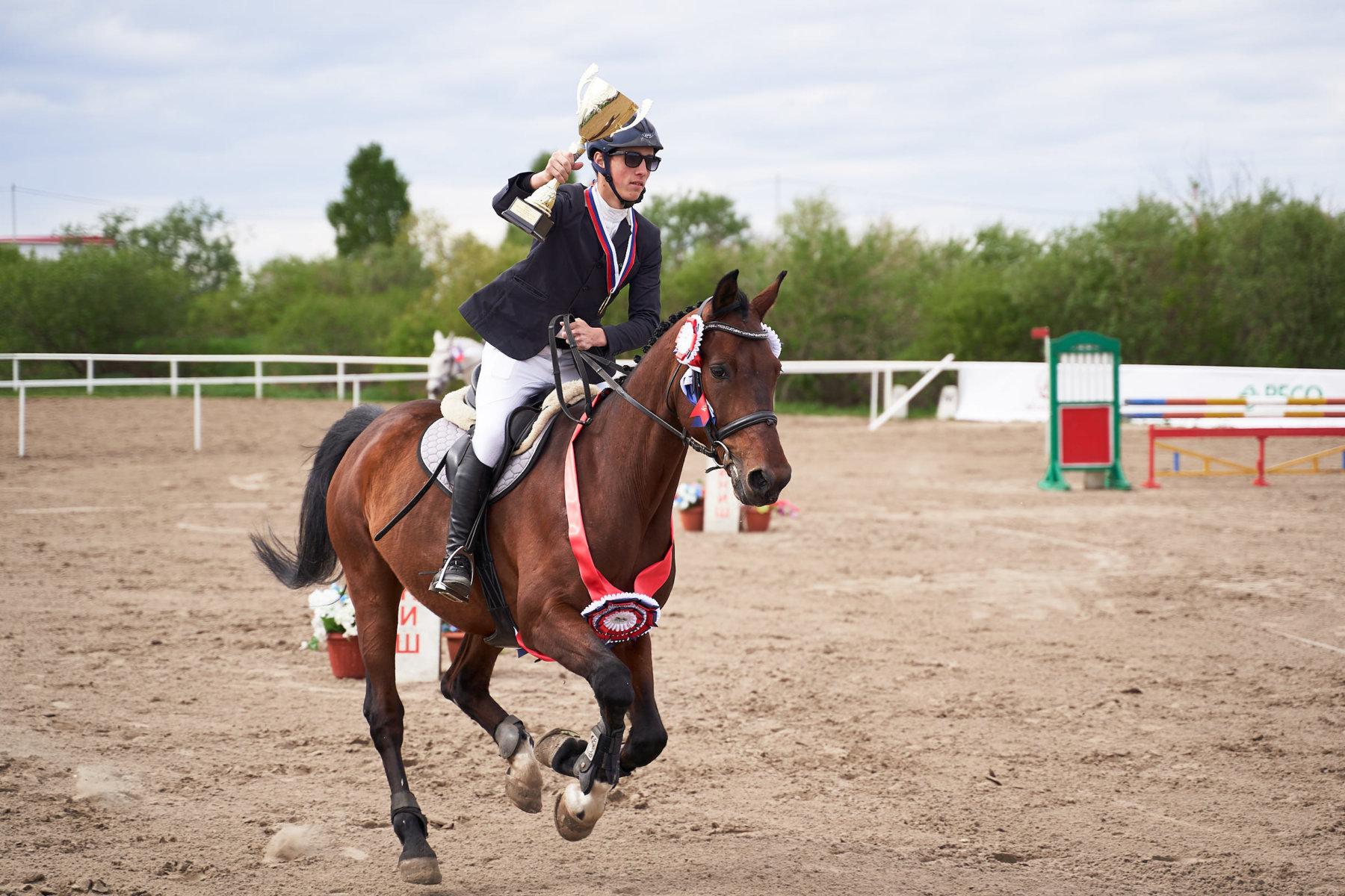 ялуторовск тюменская фото конный людей старшего поколения